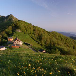 Mazalat Hut